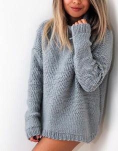 LEVEL / Intermediate Pattern Inspired by street style looks from Zara and Free People, this sweater will be your next simple and minimalistic winter wardrobe st