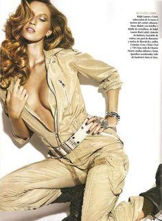 Gisele Bundchen for Vogue Latino America 2010
