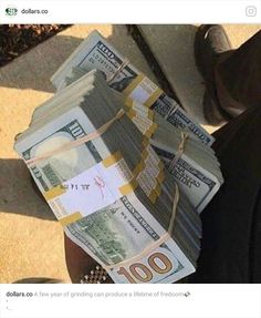 10 Wealth Affirmations to Attract Riches Into Your Life Mo Money, How To Get Money, Earn Money, Make Money Online, Money Girl, Money Lei, Jackpot Winners, Argent Paypal, Money On My Mind