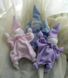 How to make a knotted doll.