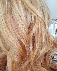 peach hair.   #peach #awkwardpeach #highlights #peachhair