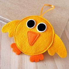 sympathischer gelber vogel osterdeko nähen