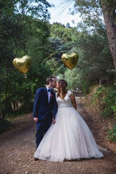 Wedding balloon love