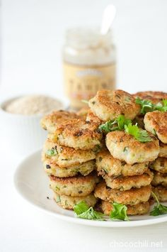 Hernerouhe-kvinoakroketit | Quinoa and Pea Patties