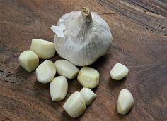 Není pochyb o tom, že česnek je běžnou složkou všech národních kuchyní po celém světě, a to vzhledem ke svým účinkům na naše zdraví.