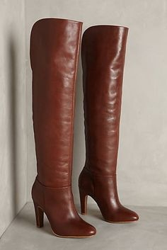 Gorgeous tall boots #anthrofave http://rstyle.me/n/stzren2bn