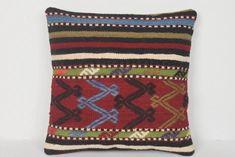 Decorato a mano Kilim Decorator Knot Hand Anatolian Adornme Kilim Fabric, Kilim Pillows, Kilim Rugs, Throw Pillows, Tapestry Bedding, Boho Tapestry, Cushion Covers, Pillow Covers, Lana