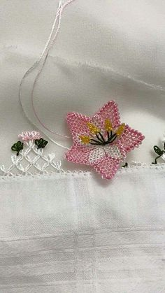 This Pin was discovered by Hal Knitted Poncho, Knitted Shawls, Kutch Work, Knit Shoes, Point Lace, Needle Lace, Lace Making, Lace Flowers, Knitting Socks