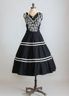 1950s black and white embroidered sundress