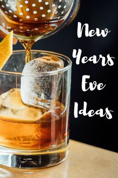 How to have an epic New Year's Eve break in a cottage - Snaptrip Uk Holidays, New Years Eve, Alcoholic Drinks, Cottage, Tips, Food, Alcoholic Beverages, Casa De Campo, Meal
