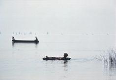 Itt az ideje komolyan venni a fotográfiát: tekintsük végre hobbinak Elliott Erwitt, Magnum Photos, Hungary, Budapest, Documentaries, Boat, In This Moment, Paris, Black And White