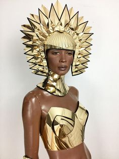 Cleopatra Egyptian goddess metallic headpiece in chrome or gold futuristic hairdress Cleopatra Headdress, Egyptian Fashion, Samba, Fashion Sketches, Costume Design, Metallica, Wearable Art, Chrome, Model