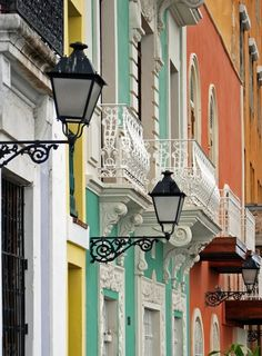 Rainbow Row, Charleston. So photogenic. Occasionally took family after church to the Waterfront Park to play or Sullivan's Island for swimming. Lot's of great memories here with my children!