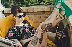 How retro! Awesome tattoo retro looking lady. #tattoo #tattoos #ink #inked