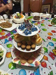 Новый мультфильм 3 уровня бумаги кекс стенд детский душ на день рождения ну вечеринку дисплей лоток стол булочки десерт декоративные торт моноблок купить на AliExpress