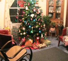 Christmas room interior decoration after de-clutter from house clearance Sheffield Interior Room Decoration, Room Interior, Interior Decorating, Home Decor, House Clearance, American Quotes, Bonfire Night, Christmas Room, Sheffield