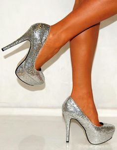 5c92a3aa1c2 14 Great high heels images