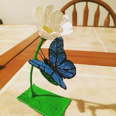 "9 Likes, 1 Comments - Alex Burdette (@beautifulburd_) on Instagram: ""Butterfly on a flower. #3doodler"""