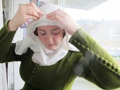Wearing my Veil - blog post on how to pin and wear a wimple and veil.