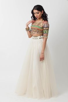 Pretty skirt ... not into the blouse though ...