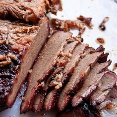 Christmas brisket is a Texas holiday meal treat. Here are a few tips on how to prepare this Texas tradition. Beef Recipes, Cooking Recipes, Cooking Beef, Christmas Dishes, Christmas Brunch, Holiday Dinner, Christmas Time, Christmas Ideas, Recipes