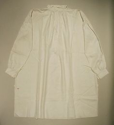 Shirt Date: 1775–90 Culture: American Medium: linen, cotton Dimensions: Length at CB: 42 in. (106.7 cm) Credit Line: Purchase, NAMSB Foundation Inc. Gift, 2006 Accession Number: 2006.133