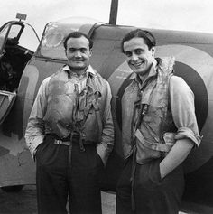 Two Battle of Britain fighter pilots, Flight Lieutenant Brian Kingcome (left), commanding officer of No 92 Squadron RAF and , Flying Officer Geoffrey Wellum, next to a Spitfire at RAF Biggin Hill, Kent, 1941 - Photo by Cecil Beaton. [IWM]