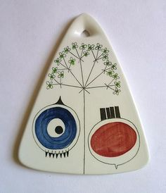 another thing I can't afford on ebay; a cheese board from MARIANNE WESTMAN - Sweden, 1950s