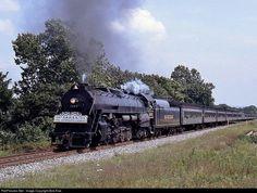 Net Photo: BMRG 2102 Blue Mountain & Reading Steam at Leesport, Pennsylvania by Bob Kise Blue Mountain, Pennsylvania, Trains, Bob, Horses, Reading, Beautiful, Bob Cuts, Reading Books