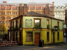 Peveril Of The Peak, Great Bridgewater Street, Manchester Manchester Street, Manchester Art, Manchester England, London Nightlife, London City, Great Places, Places To Go, Building Photography, Salford