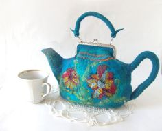 Felted teapot purse #felted #purse #teapot #handbag #wetfelting #felt
