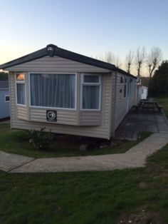 Luxury 8 Berth 3 Bed Caravan For Hire On Coombe Haven Holiday Park St