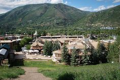2. Pitkin County, Colo.  America's 10 Richest Counties -   Average income: $ 134,267    Pitkin County — a mountainous area in the center of  Colorado with fewer than 20,000 residents. But considering that Pitkin's county seat is the upscale ski resort city of Aspen, it all makes sense that this is the No. 2 wealthiest county in the U.S. The many luxury ski chalets of Aspen are the most expensive real estate market in America, with average home prices at $ 6 million in 2010