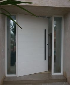 same style bigest size possible Modern Entrance Door, Main Entrance Door Design, Front Door Entrance, Exterior Front Doors, Entry Way Design, House Front Door, Front Door Design, Modern Door, House Doors