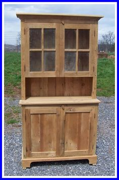 Amish Barn Wood Farmhouse Stepback Hutch with Glass Doors Reclaimed Barn Wood Furniture Collection We love the mix of new and old in Farmhouse Stepback Hutch. Woodworking Joints, Woodworking Workbench, Woodworking Workshop, Woodworking Furniture, Woodworking Projects, Woodworking Techniques, Woodworking Beginner, Woodworking Classes, Amish Furniture