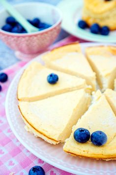 Low Carb Käsekuchen mit 6 Zutaten - ein schneller Low Carb Kuchen für alle die Cheesecakes lieben