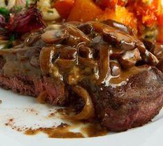 slow-cooker-onion-mushroom-sauced-round-steak
