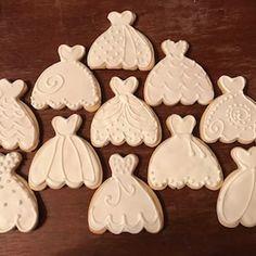 Wedding Gown Cookies Wedding Dress Cookie 12 Cookies | Etsy Pink And White Weddings, White Wedding Dresses, Wedding Entourage Dress, Wedding Dress Cookies, Rosette Cookies, Wedding Dress Shapes, Edible Wedding Favors, Wedding Trends, Spring Wedding