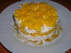 Torre de formatge i mango/ Torre de queso y mango/ Mango and cheese tower/ Torre de queijo e manga