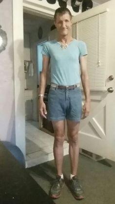 Shorts and light blue shirt Light Blue Shirts, My Outfit, Bermuda Shorts, Cute Outfits, How To Wear, Shopping, Women, Fashion, Moda