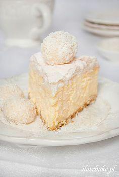 Coconut cheesecake with Rafaello - ilovebake.pl