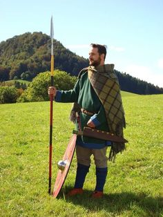 Medieval Gown – Medieval Clothing, Medieval Garb, Raiment, Mit … - How To Forge Viking Garb, Viking Reenactment, Viking Men, Viking Costume, Medieval Costume, Anglo Saxon Clothing, Medieval Clothing, Medieval Party, Medieval Gown