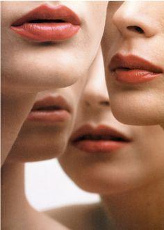 xvoluspa: Lips, 1965 From the book: MELVIN SOKOLSKY - Seeing Fashion