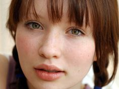 "Emily Browning of ""Lemony Snicket's A Series of Unfortunate Events"" and ""Sucker Punch"". Description from chan4chan.com. I searched for this on bing.com/images"
