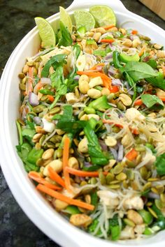 Place the hard bihon rice noodles in the hot water for about 10 minutes unt Salad Recipes Healthy Diet, Great Salad Recipes, Salad Recipes Video, Salad Recipes For Dinner, Vegetarian Recipes, Healthy Meals, Broccoli, Food Dishes, Main Dishes