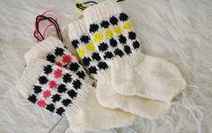 Socks inspired by marimekko Marimekko, Mittens, Diy And Crafts, Winter Hats, Socks, Inspired, Knitting, Projects, Inspiration