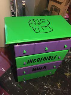 Hulk dresser