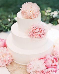 Casey Wilson and David Caspe's California Wedding - The Cake