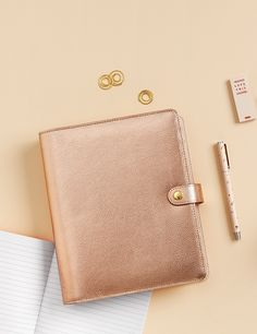 We love the way this pretty Rose Gold kikki.K Planner adds a touch of gorgeous Swedish design to every day. Be inspired to organise and decorate yours.