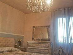 camera matrimoniale unica pttura pareti e mobili